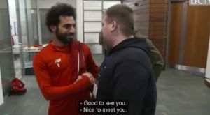 """Λίβερπουλ: Παίκτες και Κλοπ συνάντησαν τον τυφλό φίλο των """"κόκκινων"""""""