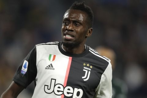 Juventus' Blaise Matuidi grimaces during a Serie A soccer match between Juventus and Bologna, at the Allianz stadium in Turin, Italy, Saturday, Oct.19, 2019. (AP Photo/Luca Bruno)