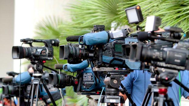 Αποτέλεσμα εικόνας για τηλεοπτικες αδειες