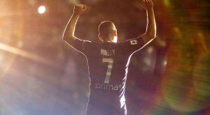"""Ριμπερί: Πανζουρλισμός από 10.000 οπαδούς στο """"Αρτέμιο Φράνκι"""""""