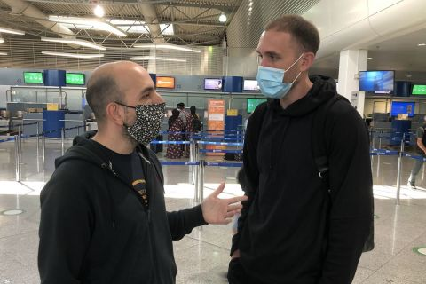 Ο Ματ Λοτζέσκι με τον συντάκτη του SPORT24, Στέφανο Μακρή