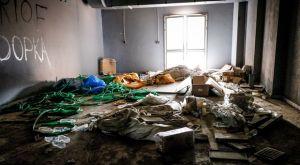Εγκατάσταση μπιτς βόλεϊ: Εικόνες που προκαλούν θλίψη