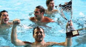 """Γλυφάδα – Ολυμπιακός 5-19: Αήττητοι πρωταθλητές οι """"ερυθρόλευκοι"""" για 8η σερί χρονιά"""