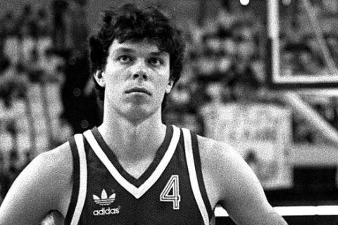 Ο Σάσα Βολκόφ στη διάρκεια του EuroBasket 1987
