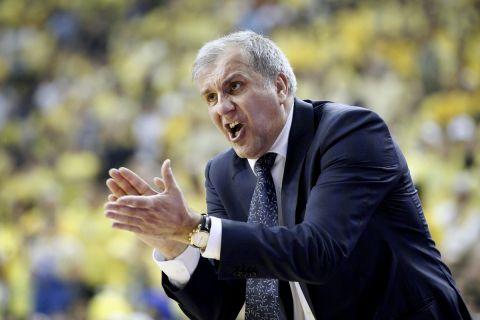 Ο Ζέλικο Ομπράντοβιτς σε φάση από αγώνα του Παναθηναϊκού σε Final Four της EuroLeague