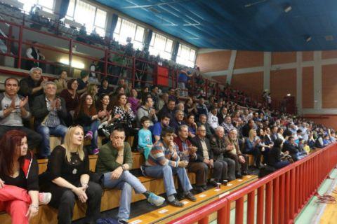 Νικητές οι πρόσφυγες στο Λαύριο - ΑΕΚ