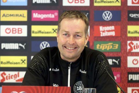 Ο προπονητής της εθνικής Δανίας, Κάσπερ Χιούμλαντ
