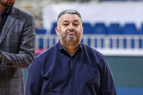 Ο Μάκης Γιατράς σε φάση από αγώνα ΑΕΚ - Προμηθέας στο ΟΑΚΑ
