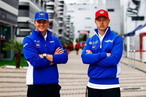 Οι Μικ Σουμάχερ και Νικίτα Μαζέπιν συνεχίζουν στο τιμόνι της Haas και το 2022