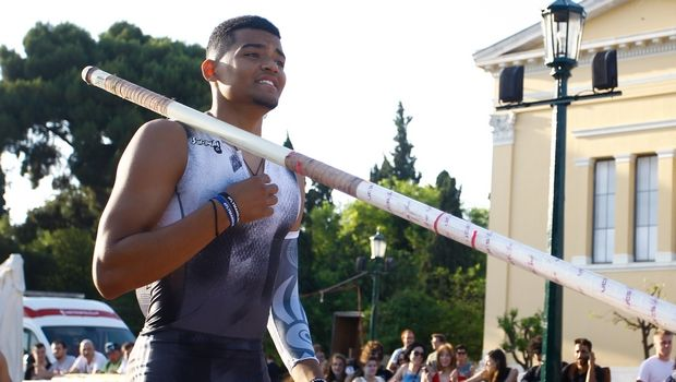 Protergia Athens Street Pole Vault: Φοβερός αγώνας στο Ζάππειο