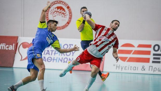 Handball Premier: Νίκες για τους πρωτοπόρους ΑΕΚ και Ολυμπιακό