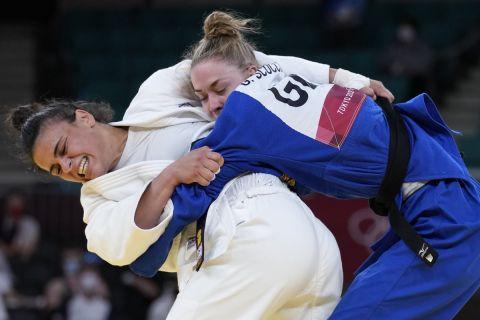 Η Ελισάβετ Τελτσίδου στην αναμέτρηση με την Τζιοβάνα Σκοκιμάρι στα ρεπεσάζ των Ολυμπιακών Αγώνων