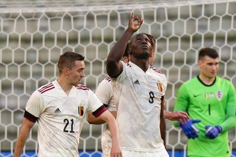 Ο Λουκακού πανηγυρίζει γκολ του με τη φανέλα του Βελγίου κόντρα στην Κροατία σε φιλική αναμέτρηση (6 Ιουνίου 2021)