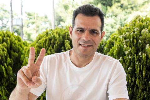 Ο Δημήτρης Ιτούδης φωτογραφίζεται για συνέντευξή του για το SPORT24