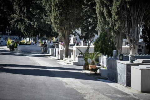 """Το τελευταίο """"αντίο"""" στον Κωνσταντίνο Αγγελόπουλο"""