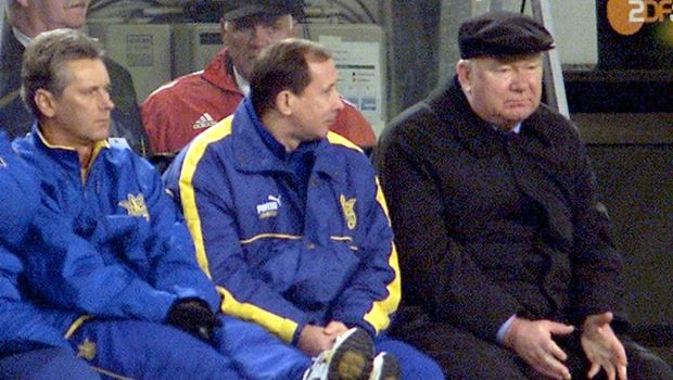 Ukrainian national soccer coach Walerij Lobanowski , right, gestures during the World Cup qualification match of the German national soccer team against the Ukraine in the Westphalia stadium in the western German city of Dortmund on Wednesday, Nov. 14, 2001. Germany won the match 4-1 and qualified for the WC 2002. (AP Photo/Michael Sohn)
