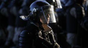 Ρίβερ – Μπόκα: Η επεισοδιακή πορεία του πούλμαν μέσα από την κάμερα αστυνομικού