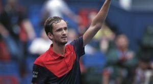 """Shanghai Masters: Στους """"4"""" ο Μεντβέντεφ, πέφτει πάνω σε Τσιτσιπά ή Τζόκοβιτς"""