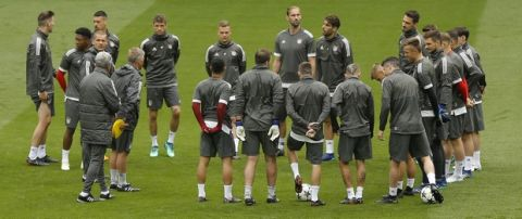 Bayern Munich players attend a training session at the Santiago Bernabeu stadium in Madrid, Monday, April 30, 2018. Bayern Munich will play a Champions League semifinal second leg soccer match against Real Madrid on Tuesday May 1. (AP Photo/Francisco Seco)