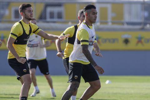 Ο Σέρχιο Αραούχο στην προπόνηση της ΑΕΚ πριν το ματς με τη Βελέζ | 27 Ιουλίου 2021