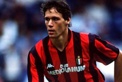 Marco Van Basten - ACMilan. 14/8/88. Credit: Colorsport