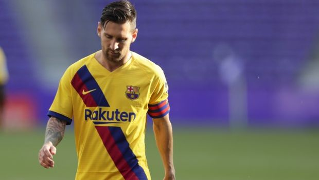 Barcelona's Lionel Messi during the Spanish La Liga soccer match between Valladolid and FC Barcelona at the Jose Zorrilla stadium in Valladolid, Spain, Saturday, July 11, 2020. (AP Photo/Manu Fernandez)