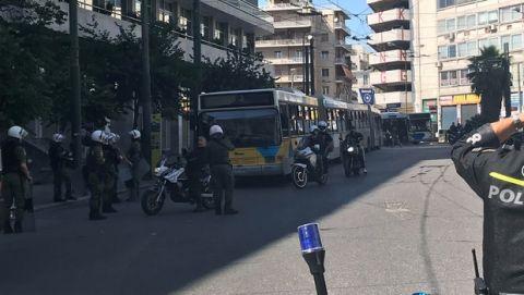 VIDEO: Με δέκα αστικά οπαδοί του ΠΑΟΚ στο ΟΑΚΑ από την πλατεία Καραϊσκάκη
