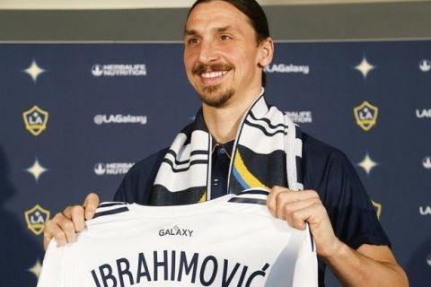 """Ιμπραχίμοβιτς: """"Είμαι όπως ο Μπέντζαμιν Μπάτον"""""""