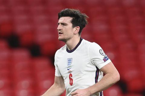 Ο Μαγκουάιρ πανηγυρίζει γκολ της Αγγλίας κόντρα στην Πολωνία για τα προκριματικά του Παγκοσμίου Κυπέλλου.