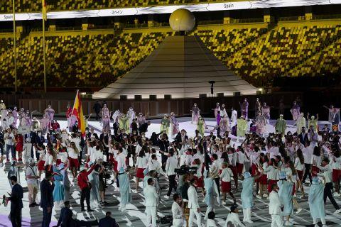 Η Ισπανία στην παρέλαση της τελετής έναρξης