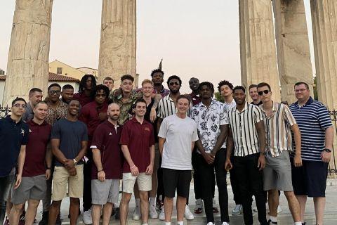 Έφτασε στην Αθήνα το Πανεπιστήμιο Αϊόνα του Ρικ Πιτίνο