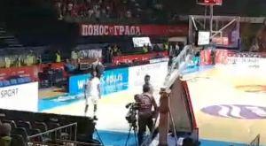 Το video με την πρώτη επίθεση σε παίκτη της Μπουντούτσνοστ