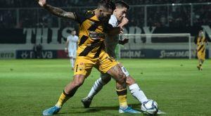 ΑΕΚ: Ειρωνικό χειροκρότημα οπαδών στους παίκτες