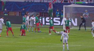 Champions League: Αυτογκόλ με καραμπόλα για την Λοκομοτίβ