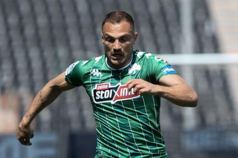 Ο Γιοάν Μολό στην αναμέτρηση του Παναθηναϊκού κόντρα στον ΠΑΟΚ στην Τούμπα για τα playoffs της Super League Interwetten.