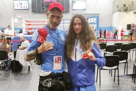 Άννα Μαρία The Gun: Κατέκτησε την πρώτη θέση στο παγκόσμιο πρωτάθλημα πυγμαχίας