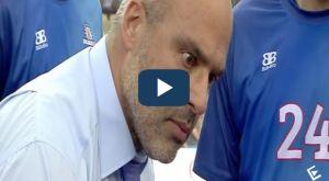 Ολυμπιακός-Χολαργός: Το «τρελό βλέμμα» του Λυκογιάννη στο timeout