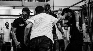 Οι Σουηδοί μάχονται σε underground Fight Clubs για λίγες κορόνες