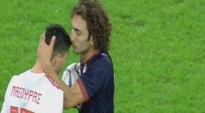 Ολυμπιακός – ΑΕΛ: Γκολ, φιλί σε Μασούρα και έκρηξη από Ουάρντα