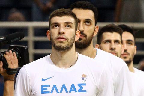 Ο Νίκος Ρογκαβόπουλος με τα χρώματα της Εθνικής