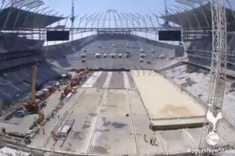 Εντυπωσιάζει ο ανασυρόμενος αγωνιστικός χώρος στο νέο γήπεδο της Τότεναμ