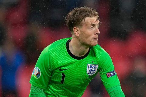 Ο Τζόρνταν Πίκφορντ στην αναμέτρηση της Αγγλίας με την Σκωτία στο Γουέμπλεϊ για το Euro 2020.