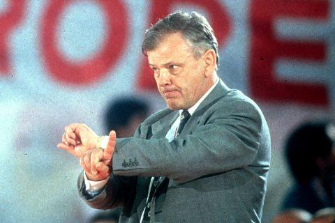 Ο Σέρβος προπονητής, Ντούσαν Ίβκοβιτς