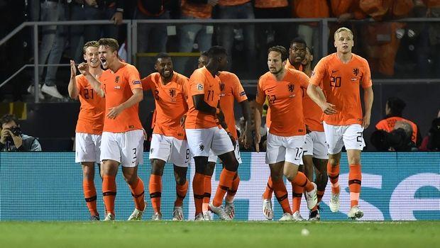Ολλανδία - Αγγλία: Με αυτογκόλ του Γουόκερ προηγήθηκαν οι