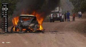 WRC: Παρανάλωμα του πυρός το αυτοκίνητο του Λάπι στο Ράλι Μέξικο
