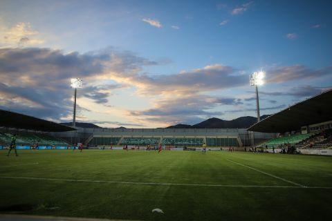 Τα Πηγάδια στην αναμέτρηση της Ξάνθης με τον Παναιτωλικό για τα playouts της Super League.