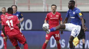Ουνιόν Βερολίνου – Σάλκε 1-1: Συνέχισαν το χωρίς νίκη σερί τους