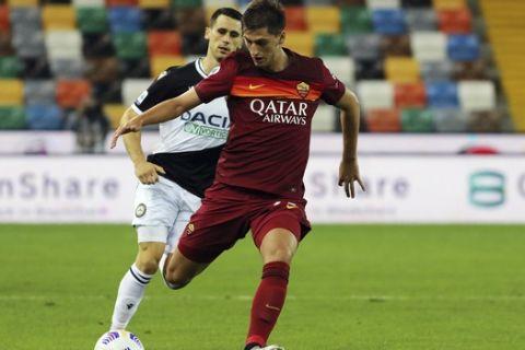 Ο Μάρας Κουμπούλα με τη φανέλα της Ρόμα από αναμέτρηση κόντρα στην Ουντινέζε για την Serie A