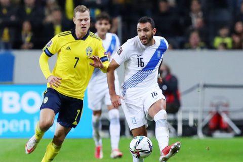 Ο Παυλίδης σε φάση από την αναμέτρηση Σουηδία - Ελλάδα | 12 Οκτωβρίου 2021