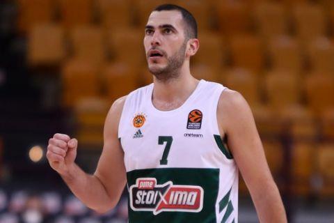 Ο Μποχωρίδης σφίγγει την γροθιά του στο Ολυμπιακός - Παναθηναϊκός για την EuroLeague